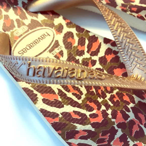 87cd3501d40 Havainas Women s Animal Print Rose Gold Flip Flops. NWT. Havaianas